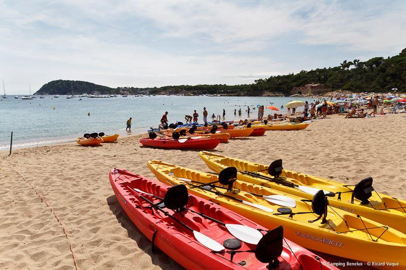 Kayakken aan de Costa Brava